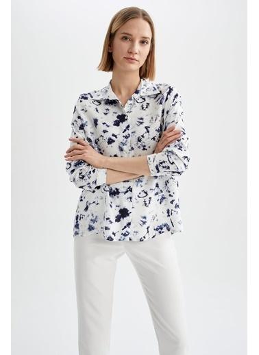 DeFacto Regular Fit Çiçek Desenli Yarım Kollu Gömlek Lacivert